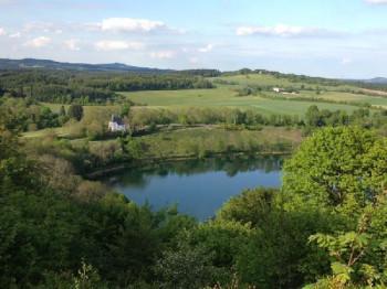 Aussicht vom Dronketurm zum Weinfelder Maar; ?>